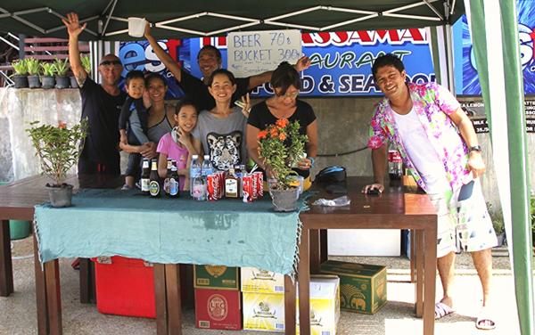 Kuki, Ton Khao, Sirena, Sand, Liz, Laa, Gai and Bpao ready for Songkran